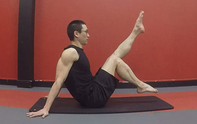 Navasana version 1